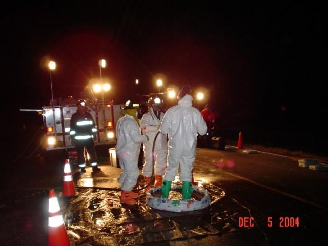 slideshow-emergencymanagement-hazmat-december_5_hazmat_021new