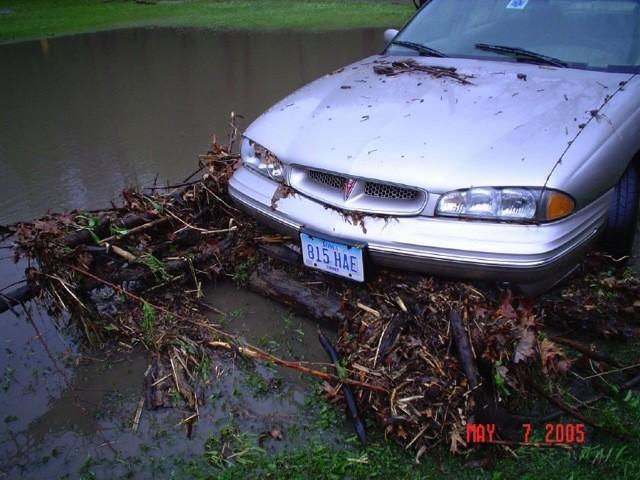 slideshow-emergencymanagement-weather-flood_may_7th_2005_005